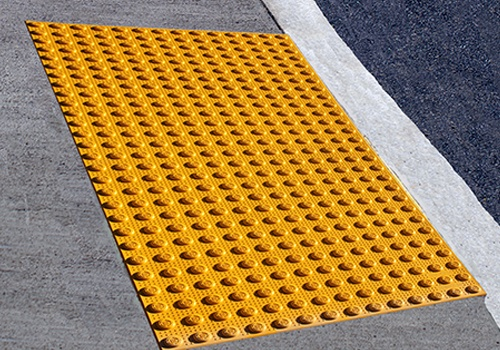 step-safe-surface-applied-mat3